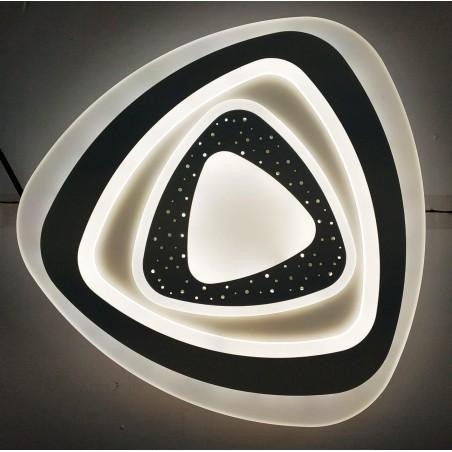 LED griestu lampa - vairāki trijstūri pārklāti vies pār otru